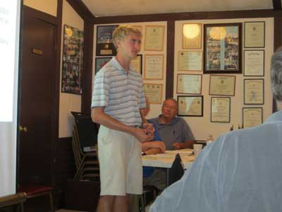 post-911-eric-presenting-to-wauconda-legion-bill-geary-past-commander